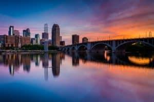 Minneapolis skyline, water